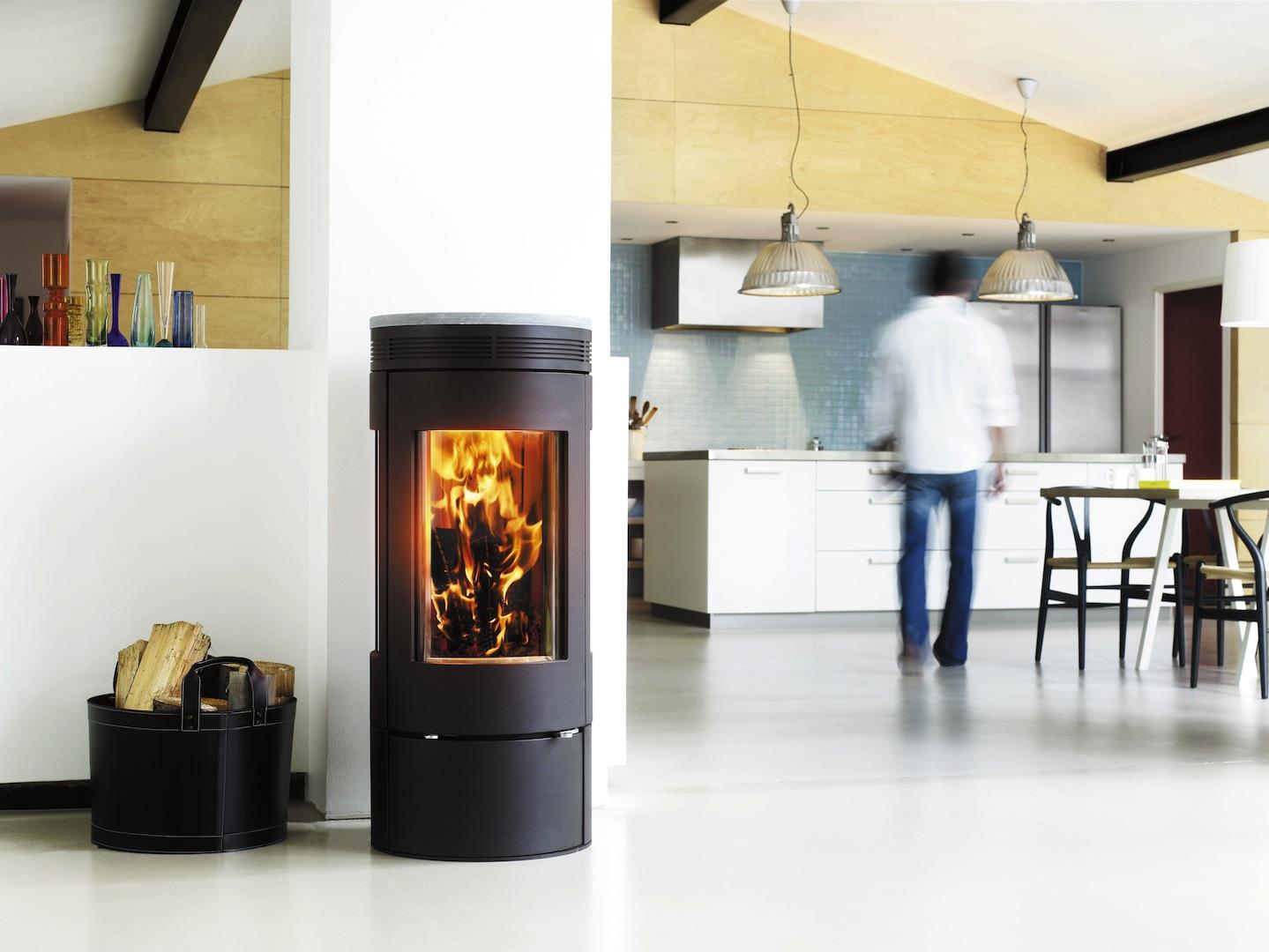 Deense Design Keukens : Milieubewust stoken met Deense houtkachels ...