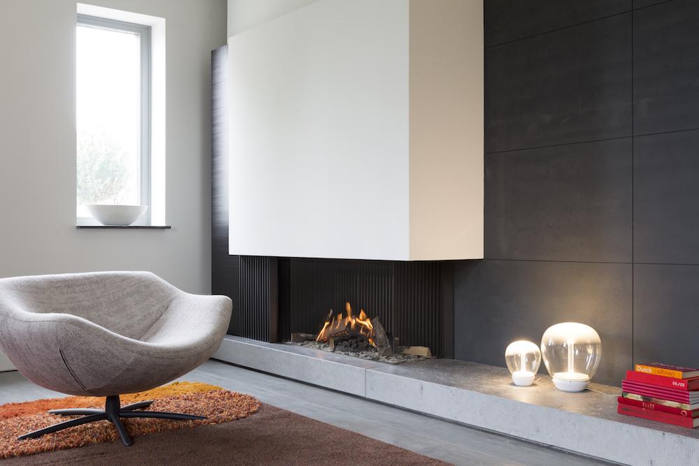 Haarden-trends voor deze winter - gashaard Kalfire GP110-55c hoekhaard in modern interieur #gashaard #kalfire #interieur #haard