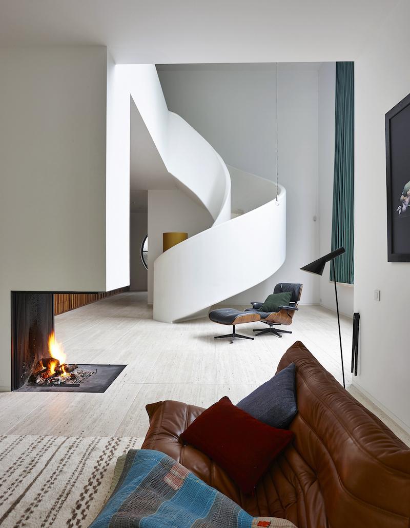 Metalfire doorkijkhaard design - foto Hans Verstuyft (Kaplansky) #interieur #doorkijkhaard #haard #designhaard #metalfire #architecture