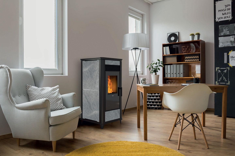 Pelletkachel Torsby van Nordic Fire kan ook worden aangesloten op de bestaande CV installatie of worden gecombineerd met een zonnebiler systeem #pelletkachel #cvpelletkachel #duurzaamverwarmen #nordicfire