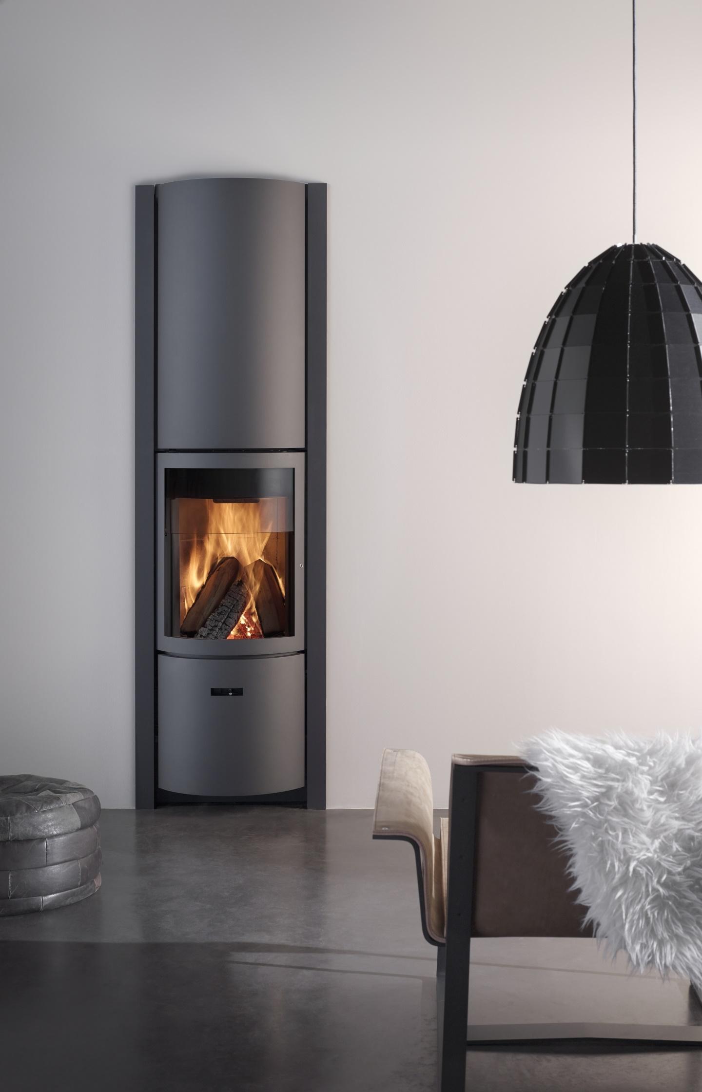 st v 30 bijzonder veelzijdige houtkachels nieuws startpagina voor haarden en kachels idee n. Black Bedroom Furniture Sets. Home Design Ideas