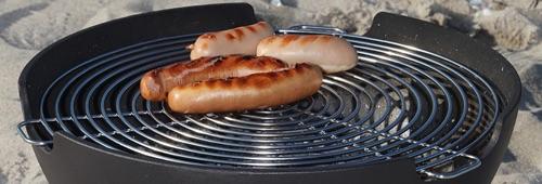 Met het grillrooster als accessoire maak je van de Ignis vuurpot van Morso een kleine BBQ! #bbq #vuurpot #morso #tuin