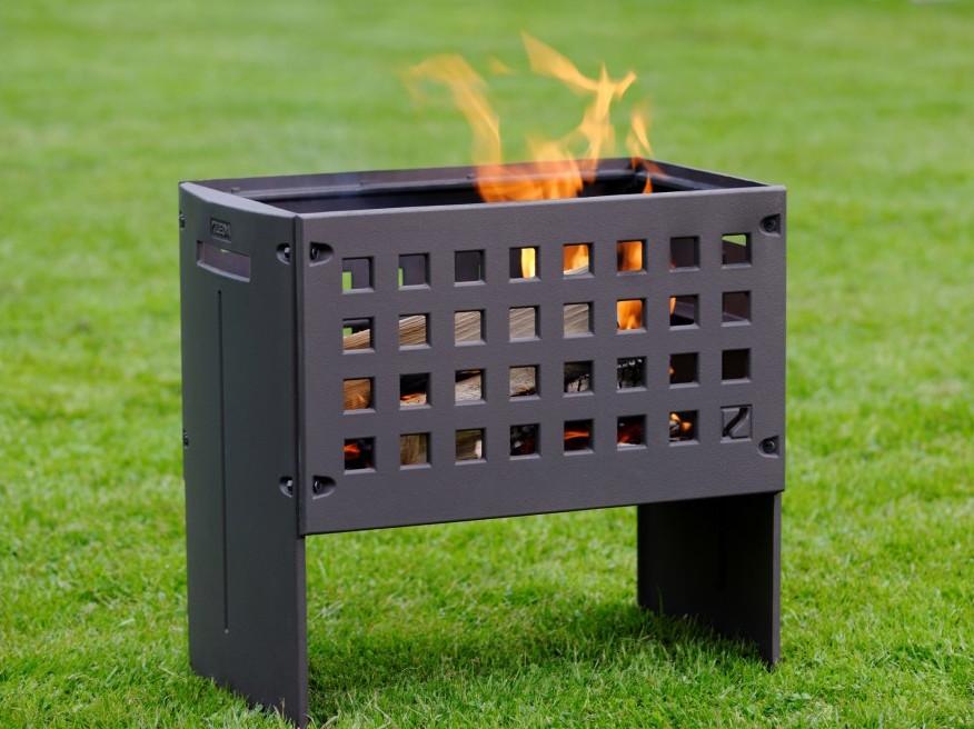 Tuinhaard Helex outfire met bbq rooster en plateau voor pannen #buitenkoken #tuin #buitenleven #tuinhaard #buitenhaard #bbq #barbecue