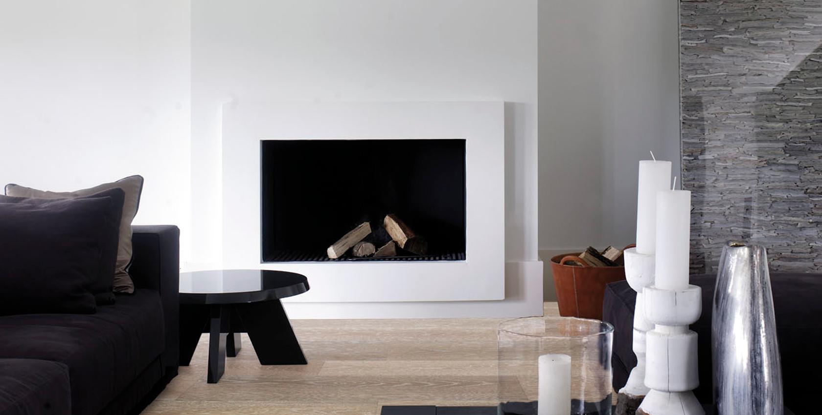 Houthaard inbouwhaard via Homefire. Houten vloer van Piet Boon flooring by Solidfloor #haard #houthaard #homefire #inbouwhaard #houtenvloer #pietboon #solidfloor