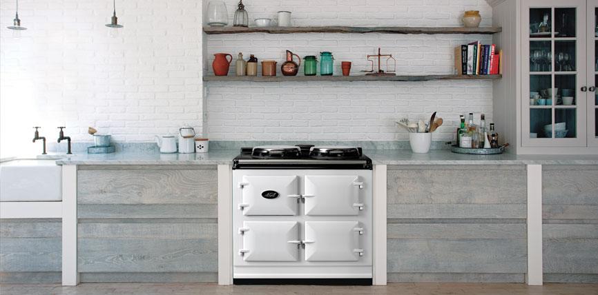Elektrisch fornuis met 3 ovens. AGA Dual Control in houten keuken #fornuis #keukeninspiratie #aga