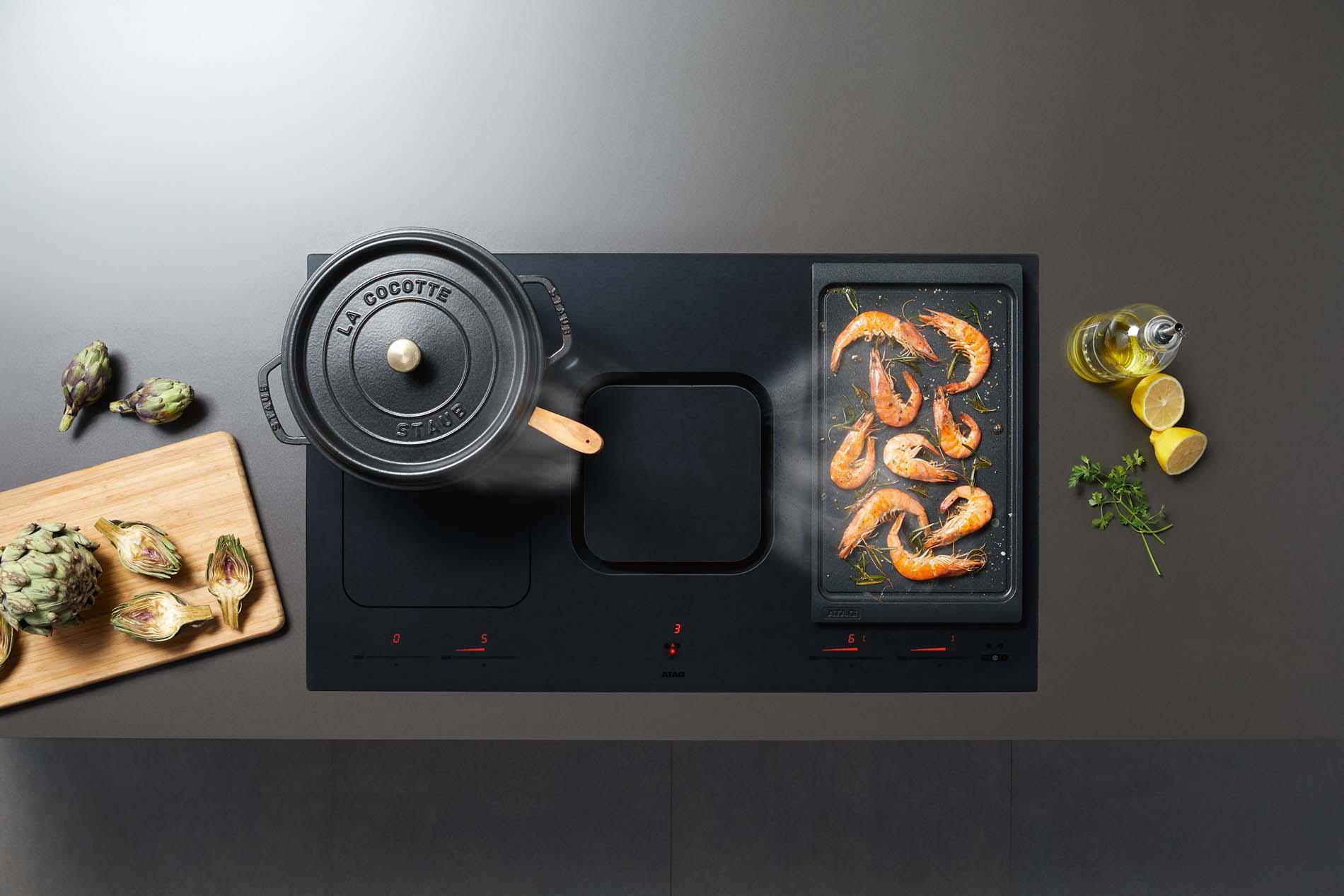 Atag inductie kookplaat met kookafzuiging #atag #inductie #kookplaat #keuken