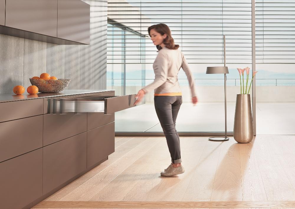 Mechanische openingstechniek voor greeploze keukens - Tip-on Blumotion van Blum