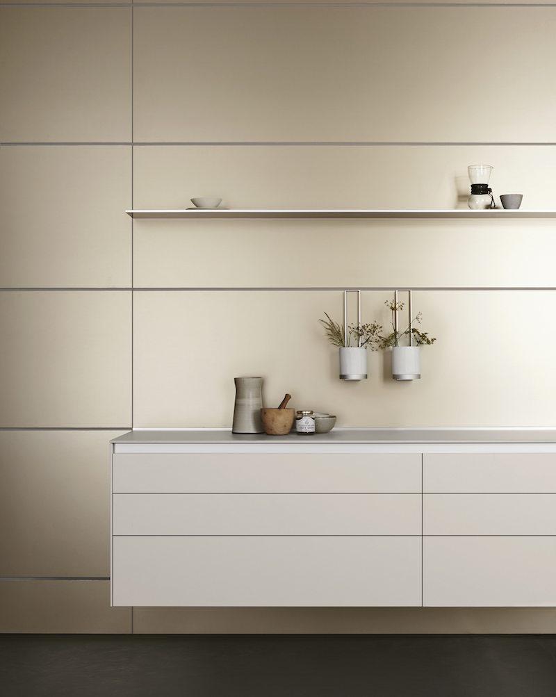 bulthaup keukenkasten met sideboard dat vloeiend overgaat in het woongedeelte #keuken