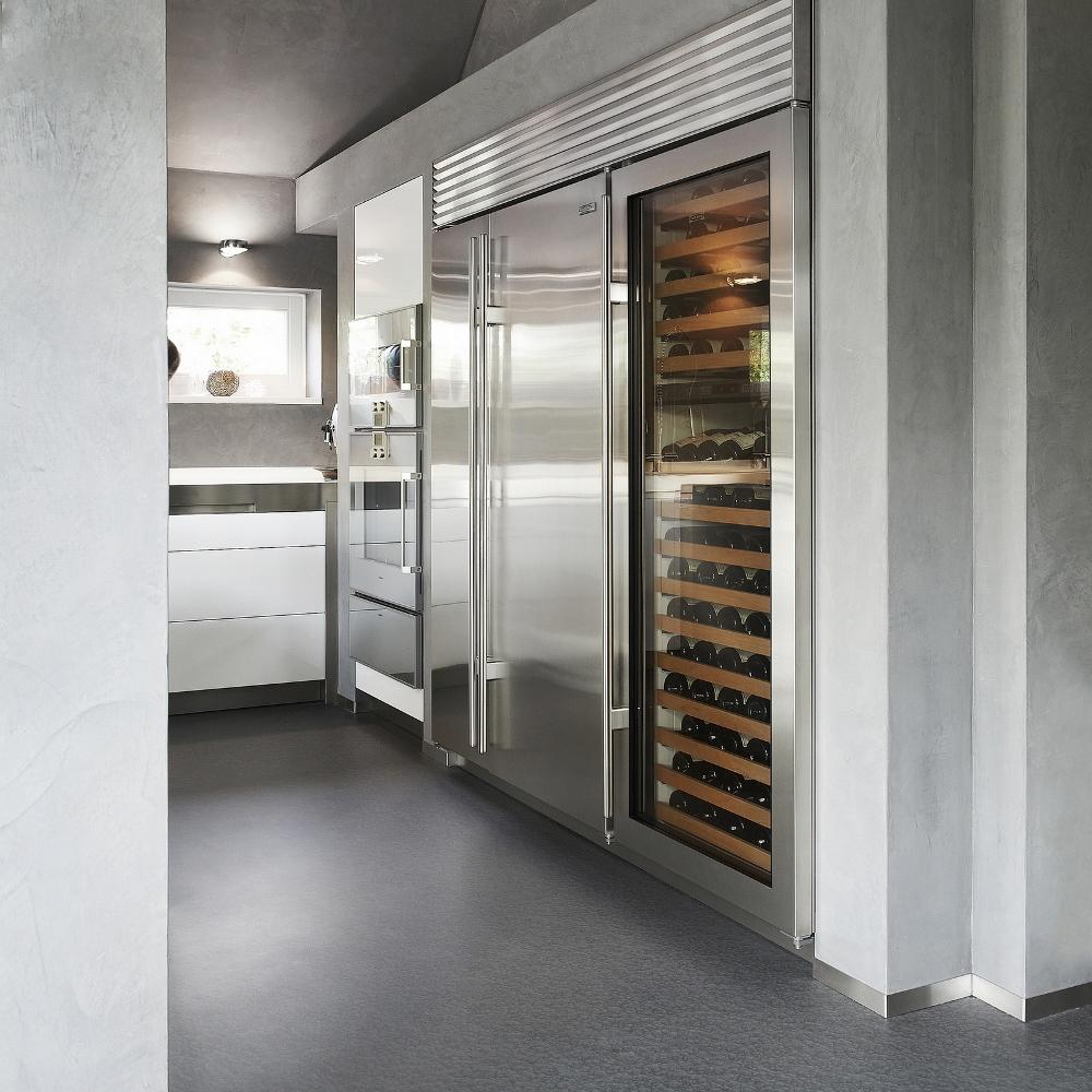 Koel-/vries combinatie en wijnklimaatkast in Vertex keuken van Culimaat