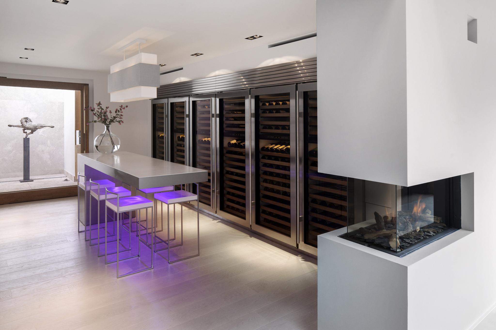 Wijnklimaatkasten van Sub-Zero in Culimaat keuken