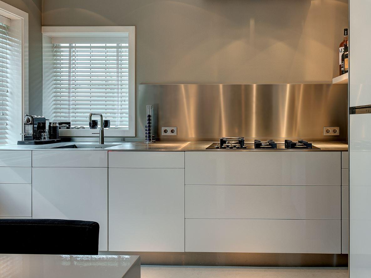 Mooi keukenbladen van roestvrij staal nieuws startpagina voor keuken idee n uw - Rvs plaat voor keuken ...