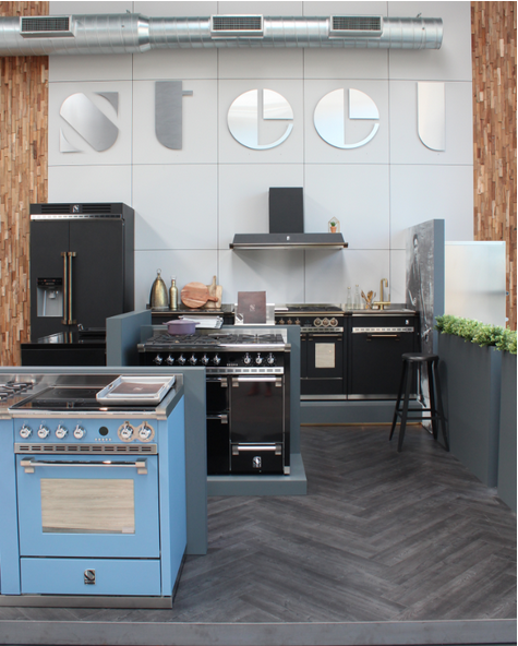 Dekker Trend Centre met de Italiaanse ovens en fornuizen van Steel #steel #fornuis  #keukeninspiratie #dekkertrendcentre #keukendesign #keuken #dekkerzevenhuizen