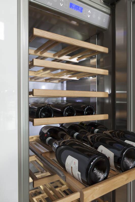 Stel zelf je ideale koelwand met wijnklimaatkast samen met de Integrated Series van het Italiaanse merk Fhiaba