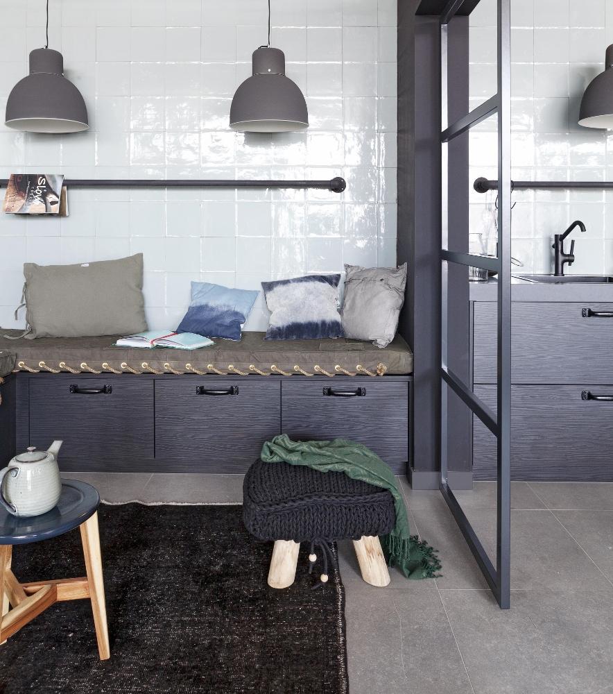 Stoere woonkeuken met sfeervol zitgedeelte nieuws startpagina voor keuken idee n uw - Keuken met bank ...