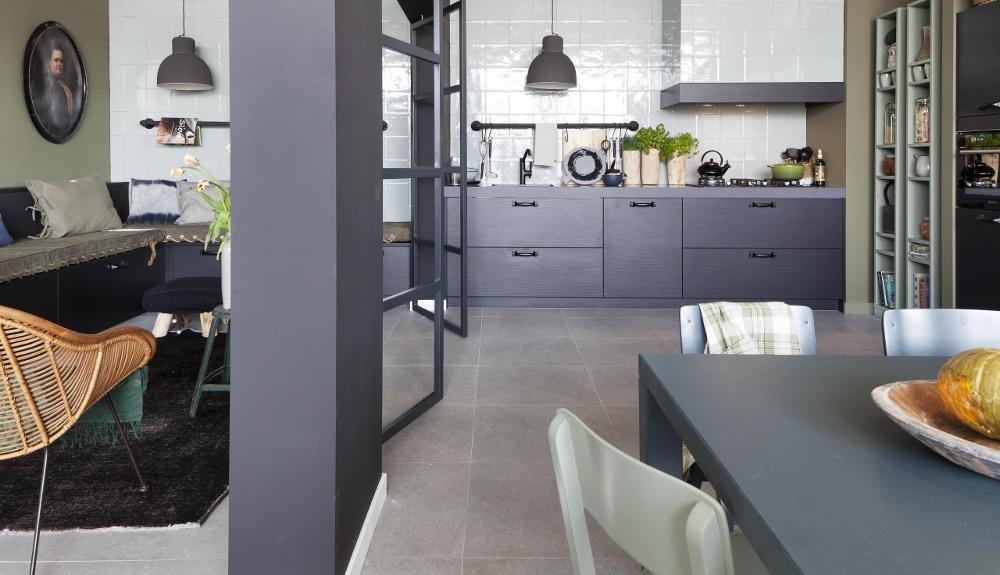 Stoere woonkeuken met sfeervol zitgedeelte - Nieuws Startpagina ...