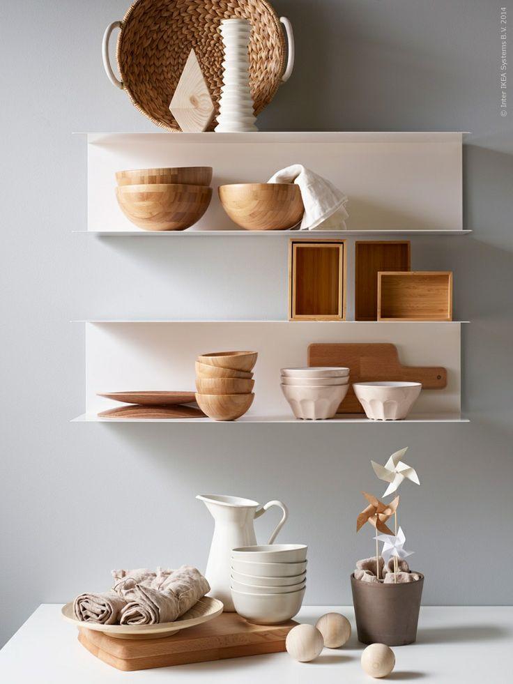 Planken Voor In De Keuken.Wandopbergers Botkyrka Scandinavisch Keukendesign Uw Keuken Nl