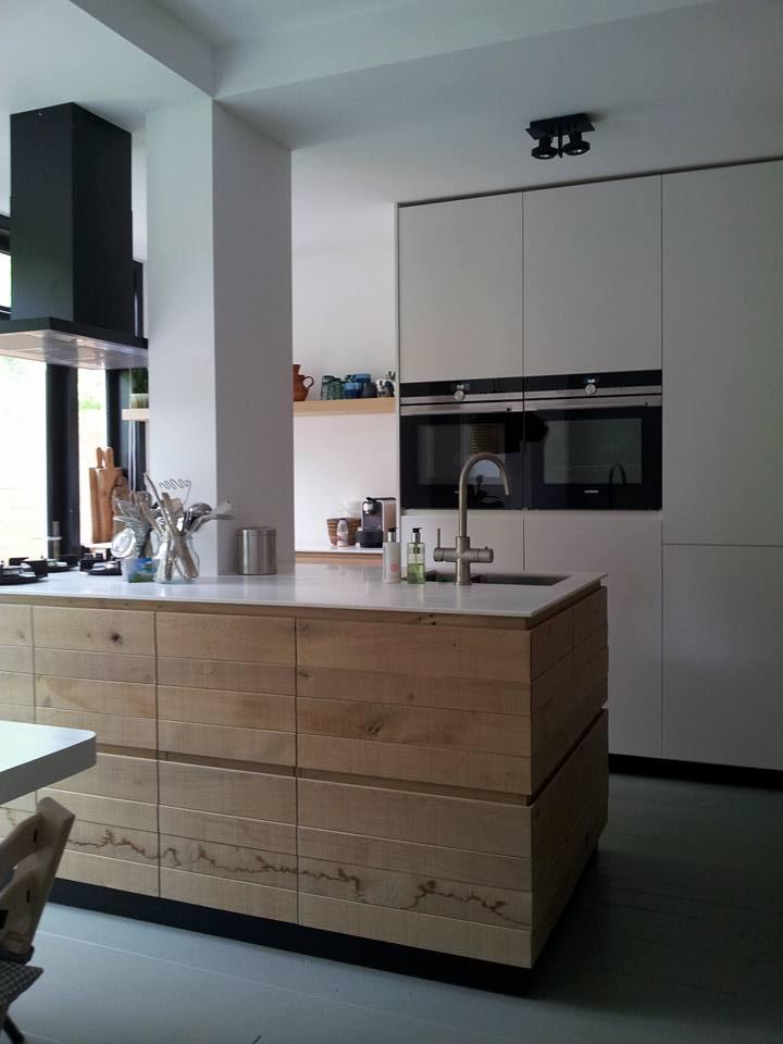 Keuken voorbeelden met kookeiland home design idee n en meubilair inspiraties - Meubilair outdoor houten keuken ...