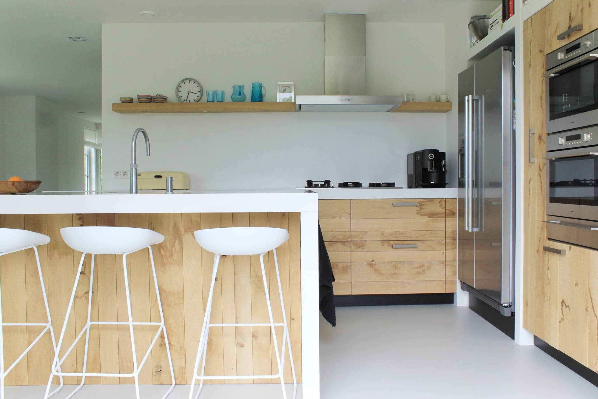 De Eikenhouten Keuken : Moderne ruw eiken houten keukens met wit keukenblad nieuws