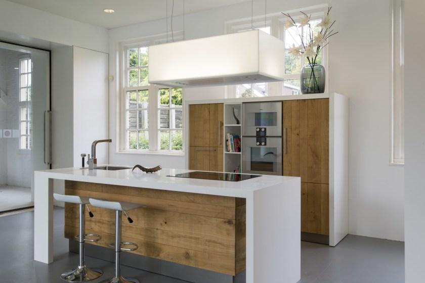 Houten Keuken Met Composiet Keukenblad: Keuken modern eiken met houten ...