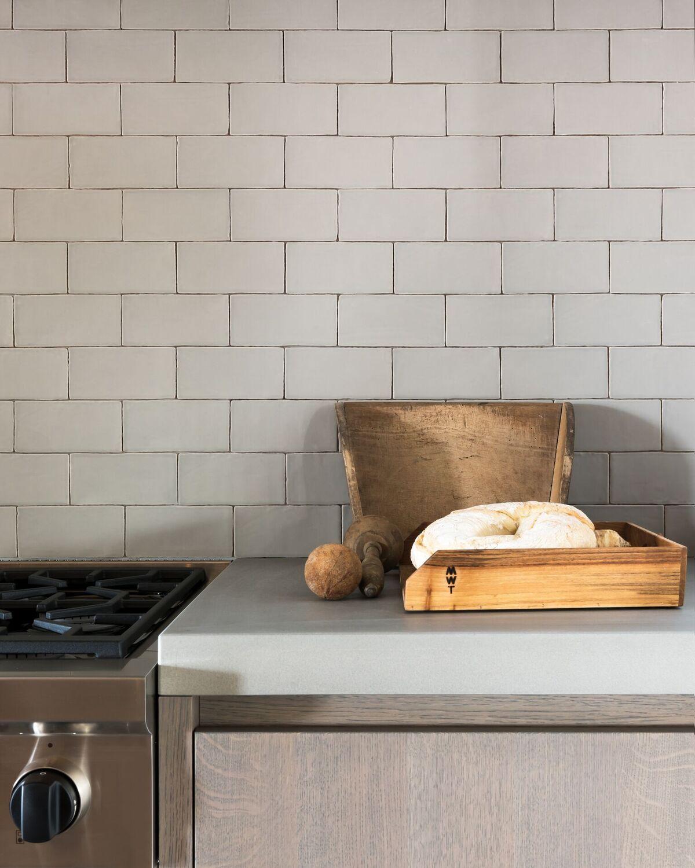 Prachtige keukentegels ontworpen door studio piet boon nieuws startpagina voor vloerbedekking - Keuken met cement tegels ...