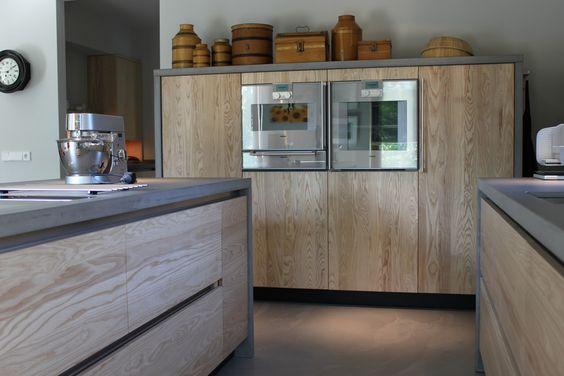 Houten keuken op maat gemaakt met werkblad van beton - JP Walker keukens