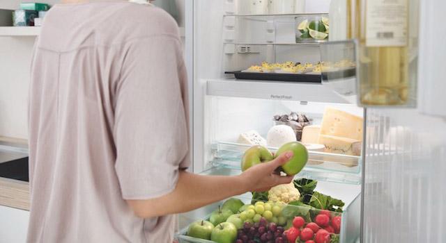 Koel-diepvrieskast met PerfectFresh waarin voedingsmiddelen tot drie keer langer vers blijven. #Miele