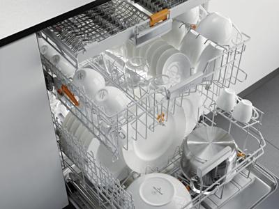 Miele afwasautomaat met flexibele rekindeling. Schalen, wijnglazen en groot bestek - het past allemaal