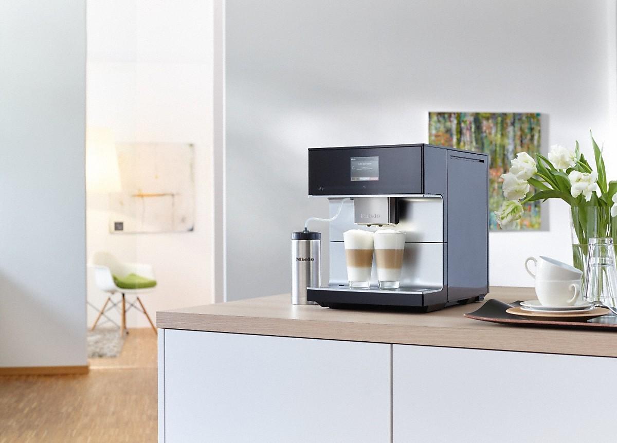 Miele vrijstaande koffieautomaat CM7 voor koffie en theeliefhebbers