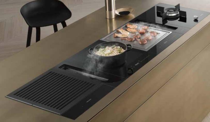 Combineer verschillende kookplaten met de nieuwe SmartLine van Miele met gaswok, gaselementen, inductiekookplaat, TepanYaki, grillplaat en meer