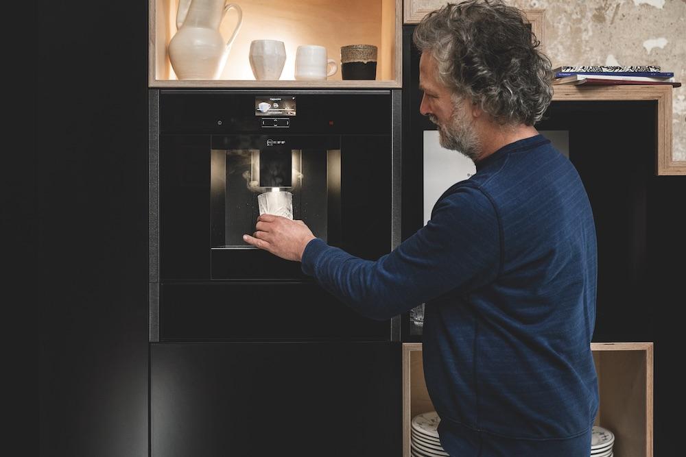 Neff Graphite Grey keukenapparaten - koffievolautomaat #neff #graphitegrey #keukenapparaten #inbouwapparatuur #koffie #koffiemachine #koffievolautomaat #neff