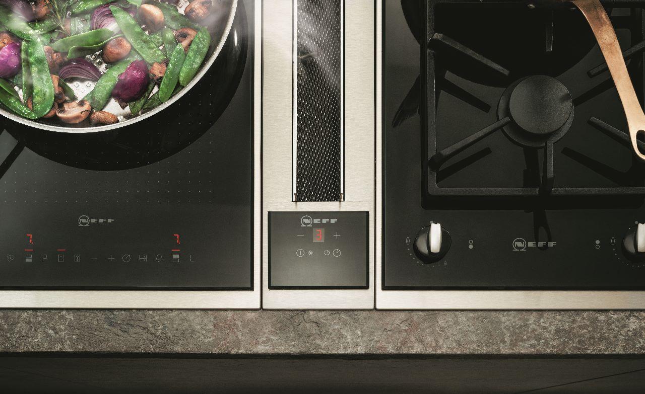 Afzuigsysteem tussen de kookplaten - Neff ventilatiesysteem keuken