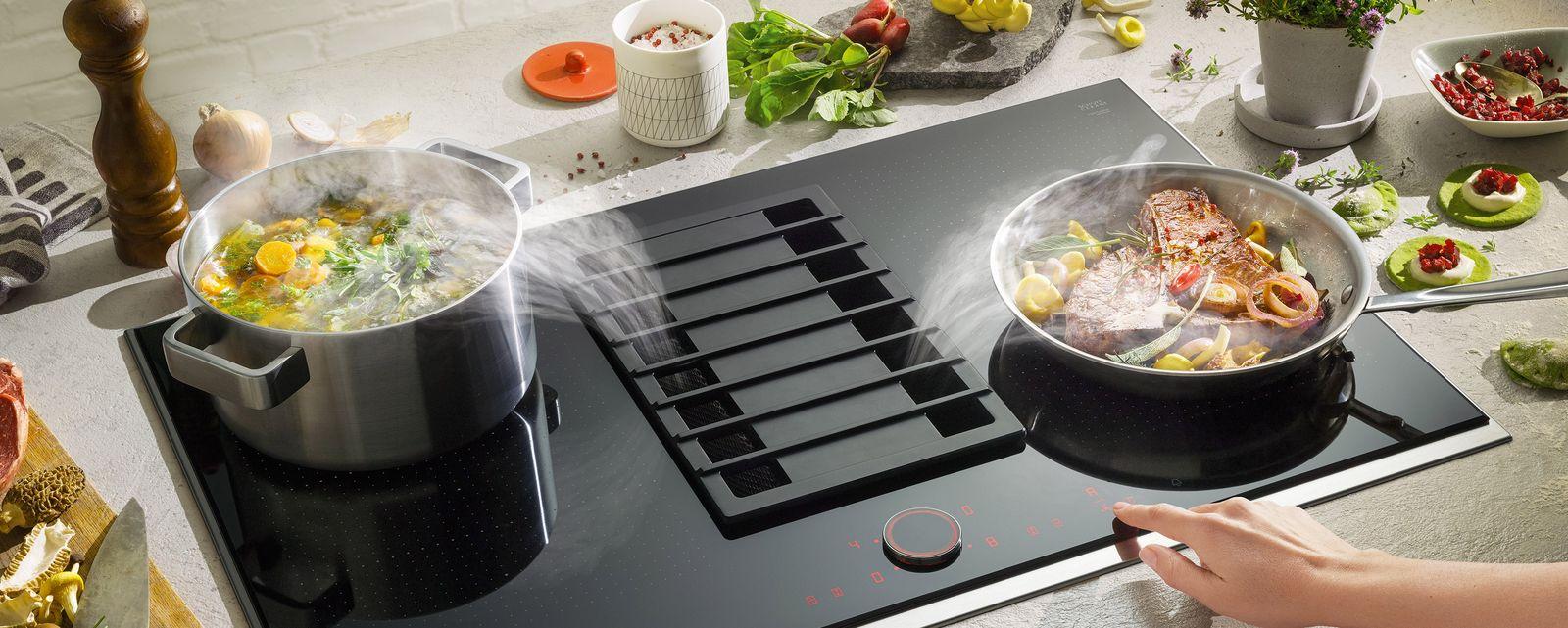 Neff inductiekookplaat met flexinductie en afzuiging in de kookplaat #keuken #koken #inductie #modernekeuken #neff #kookplaat