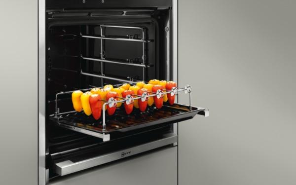 Paprika grillen in de Neff oven met de Neff bbq-set