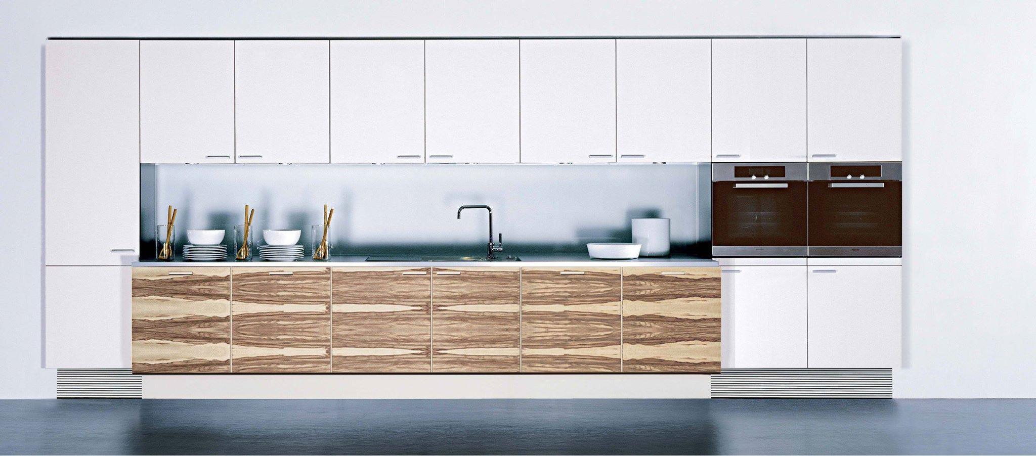 Poggenpohl design keuken op maat gemaakt wit en hout