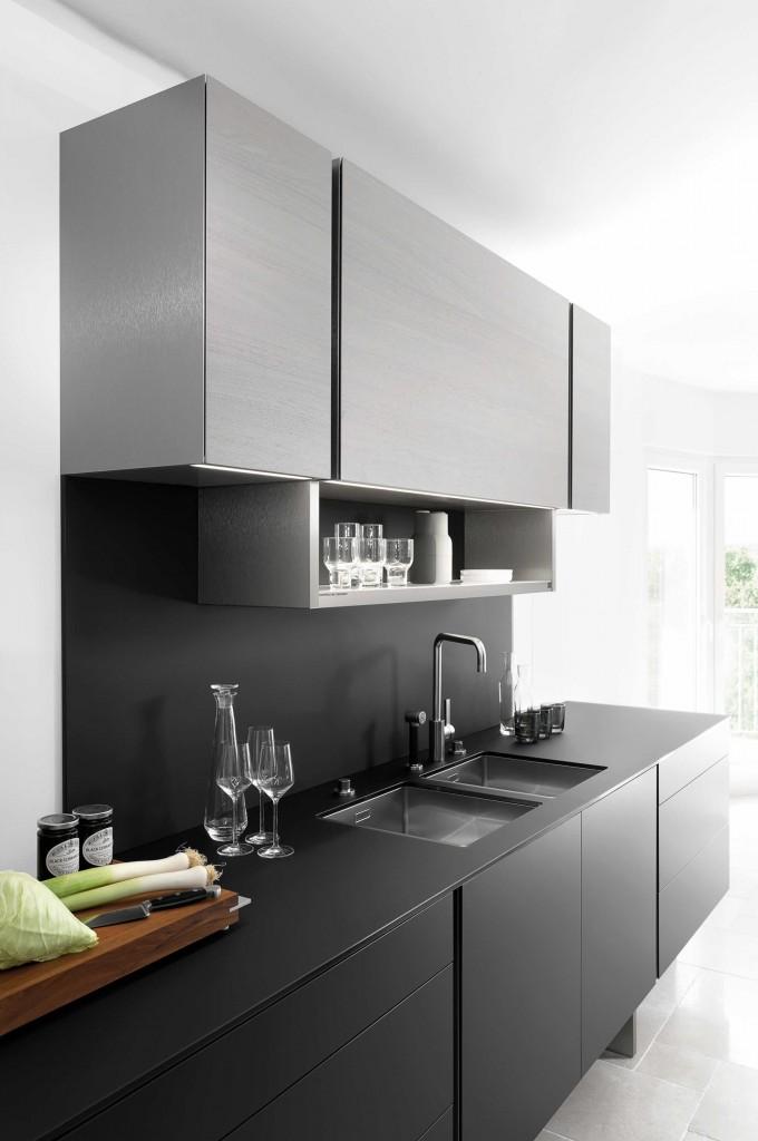 Zwarte keuken - Poggenpohl design by Porsche p7350