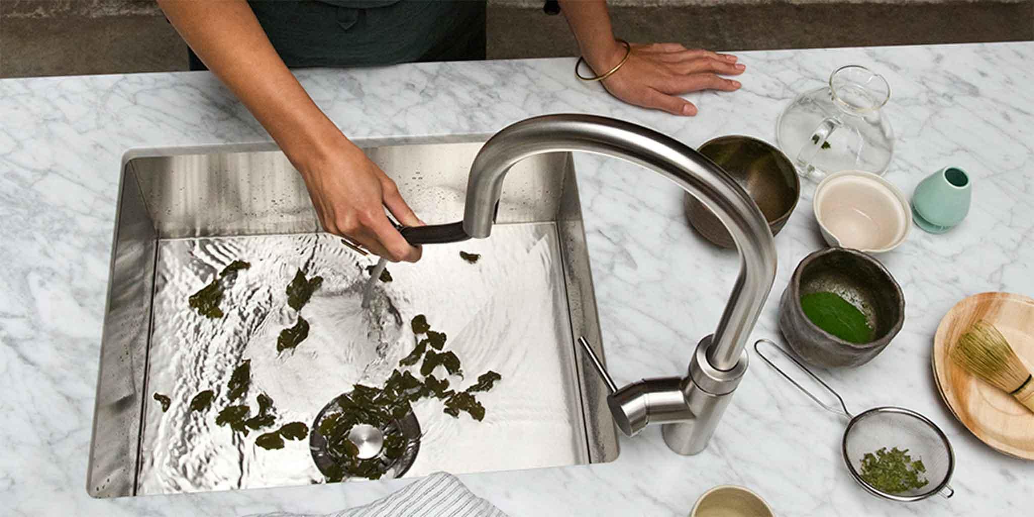 Quooker Flex 3-in-1 kraan. Warm koud en kokend water met flexibele uittrekslang #quooker #keuken #keukeninspiratie #kokendwaterkraan