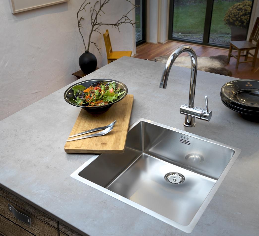RVS spoelbal New York van Reginox met nieuw design in moderne keuken. #spoelbak #reginox #keuken #keukeninspiratie