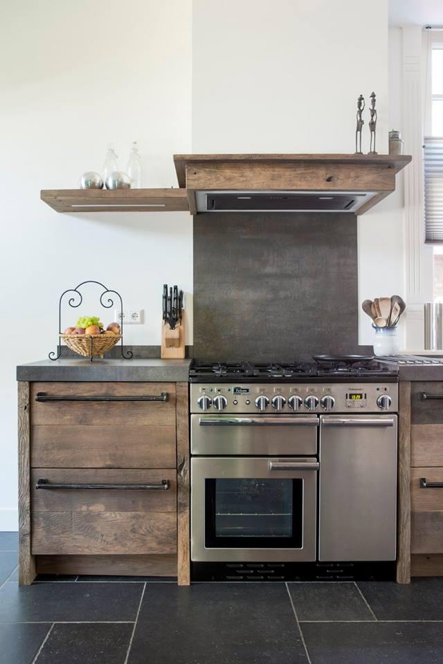 Keukeninspiratie! oud houten keuken van restylexl   nieuws ...
