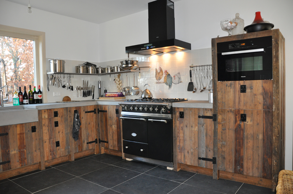 Houten Keuken Accessoires : Sfeervolle keukens van sloophout Nieuws Startpagina voor