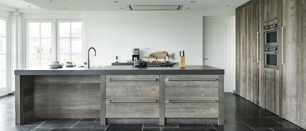 Handgemaakte keukens op maat gemaakt. #keuken #houtenkeuken #keukeninspiratie #kookeiland #restylexl