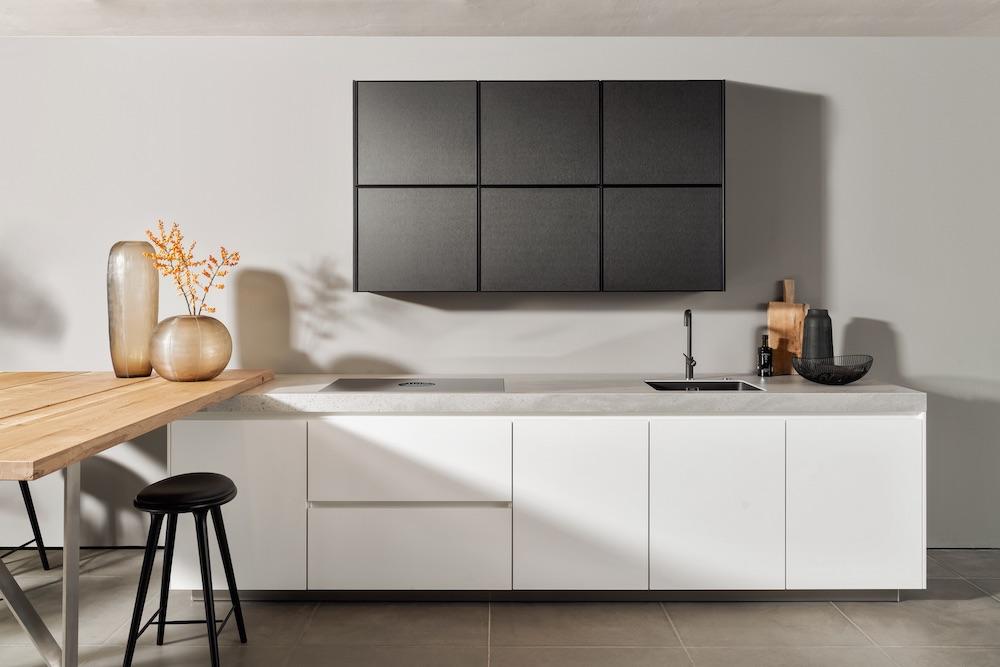 SieMatic S2. Greeploze keuken zwart en wit. Keukendesign. #keuken #siematic #keukendesign #zwartwit #keukeninspiratie #keukenidee