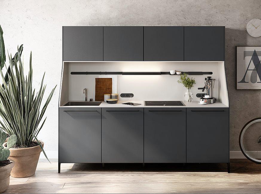 Keukenkasten Met Rolluiken : Multifunctionele siematic keukenkast met knipoog naar vroeger