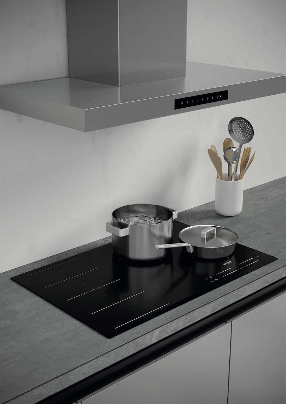De nieuwe inductiekookplaten van Smeg met Intuitive sliders zijn de perfecte keuze voor liefhebbers van moderne stijl. De elegante lijnen passen perfect in elk werkblad van de keuken. Maximale flexibiliteit wordt gegarandeerd door de 14 verschillende kookniveaus, zodat u met een grotere precisie kunt koken en een nauwkeurige temperatuurregeling kunt bieden. #smeg #inductiekoken #inductie #kookplaat #keuken #keukeninspiratie