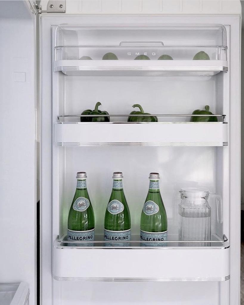 Smeg koelkast FAB binnenkant deur 2019 #smeg #smeglove #koelkast #keuken