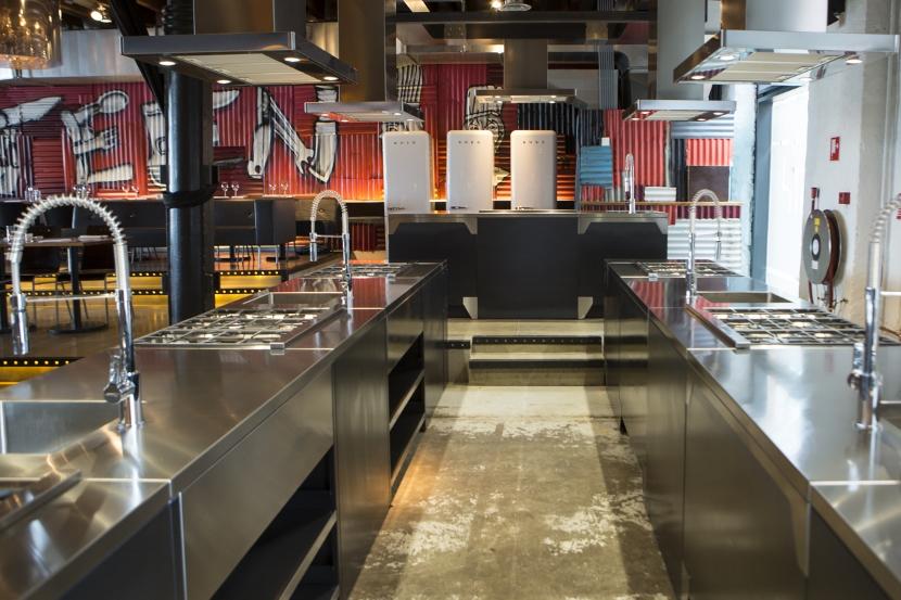 Kookstudio Fifteen in Amsterdam met Smeg keukenapparatuur