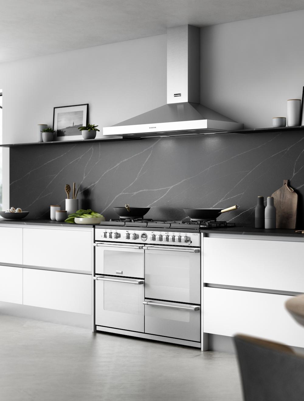 Stoves Sterling fornuis met afzuigkap met strakke uitstraling #stoves #fornuis #keuken #keukeninspiratie