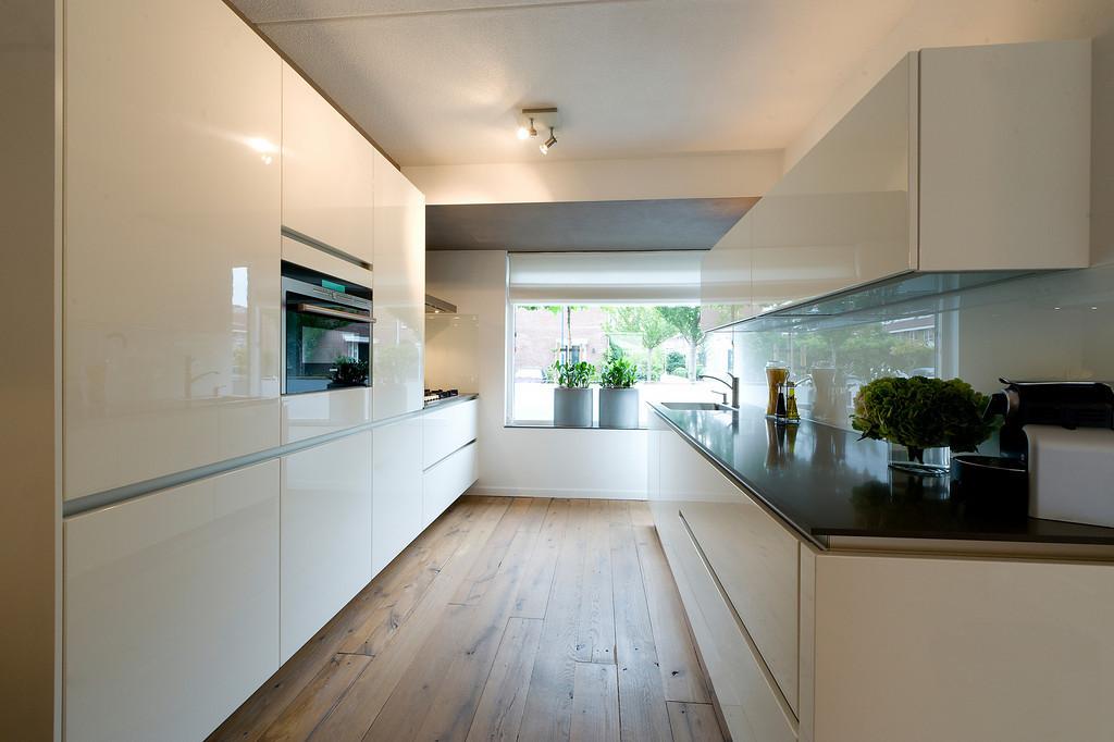 Geliefde Witte hoogglans keukens: voorbeelden & inspiratie - Nieuws  ZK17