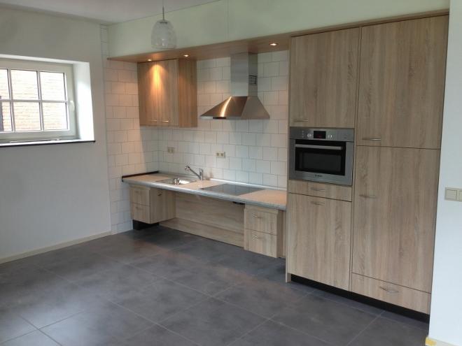 Keukeneiland Met In Hoogte Verstelbaar Werkblad : Verstelbare keuken ...