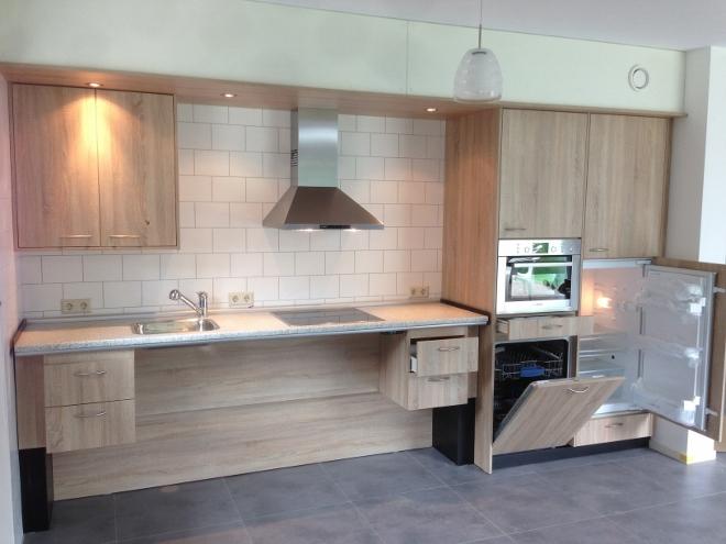 Een verstelbare keuken op maat nieuws startpagina voor keuken idee n uw - Werkblad voor witte keuken ...
