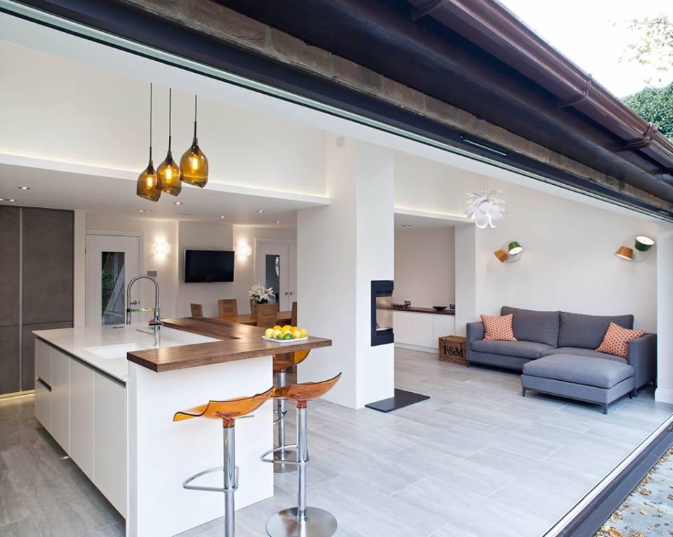 Glazen Aanbouw Keuken : Design keuken Zeyko Horizon in aanbouw met glazen vouwdeuren